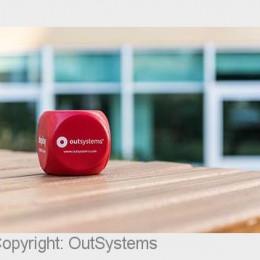Low-Code-Plattform von OutSystems gewinnt dritten CODiE Award in Folge