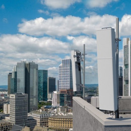 Neue 5G-Antennenlösungen von Ericsson für das mittlere Frequenzband (FOTO)